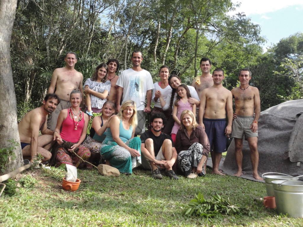 Eis o grupo que participou do Temazcal neste domingo pela manha